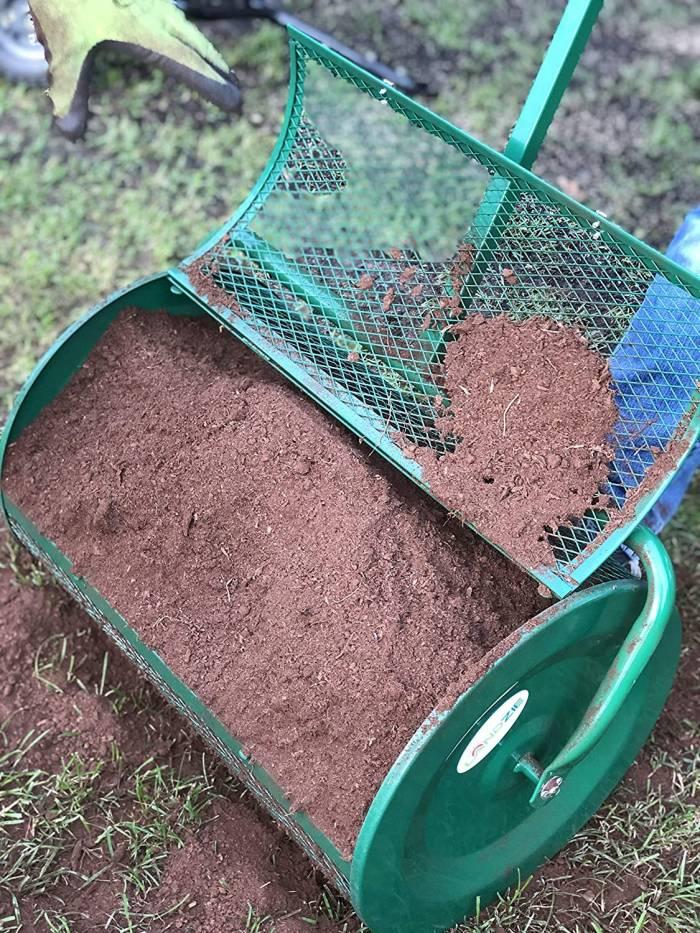 Landzie Compost Spreader Full of Compost